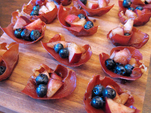 prosciutto cups w balsamic nectarines & blueberries