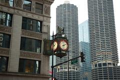 chicago 2 121 (Trucker Rob) Tags: wickerpark chicago skyline night cta blueline il navypier firworks
