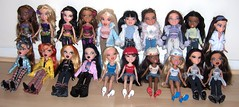 pic 1 (Bratz UK - 2) Tags: world winter flower fashion design punk pretty tour n dana salon forever wonderland girlz spa bratz diamondz