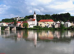 Passau is a wonderful town! (DenesG1-still off, computerproblems) Tags: fab reflection river germany bayern deutschland inn view searchthebest duna danube touristattraction passau donau otw thegoldengallery topshots abigfave crystalaward citrit theunforgettablepictures canons5is dragondaggeraward denesg1 richards richardssilverstar
