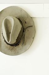 GTR5334 (Pete Carroll) Tags: canada hat nikon cowboy d2x alberta baruranch petercarroll globetrotterphotography