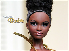 Alvin Ailey Barbie close-up (fabiopoptrash) Tags: barbie basics mattel alvinailey pivotal fabiopoptrash mbili