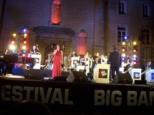 C�te Ouest Big Band & Veronika Rodriguez By McYavell - 100804f