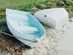 Beached Boats (Monique Barber) Tags: blue summer white green beach grass boat seaside australia lazy nsw grainy centralcoast runabout dinghy tinny pearlbeach catchycolorsblue
