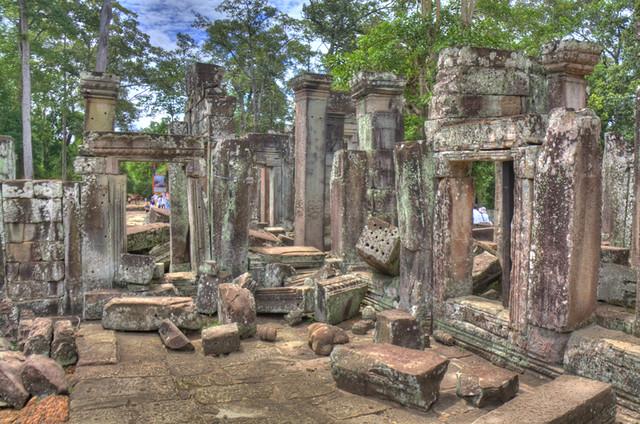 Angkor Wat Ruin1 HDR