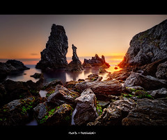 Orange Coton (keoch (Very Busy)) Tags: sunset france rock nikon bretagne 24mm nikkor morbihan hdr rocher roche couchdesoleil belleileenmer d700 mygearandmepremium
