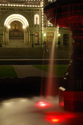 Victoria by night