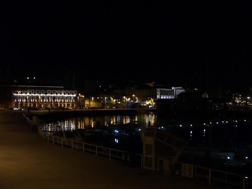 Gijón puerto noche
