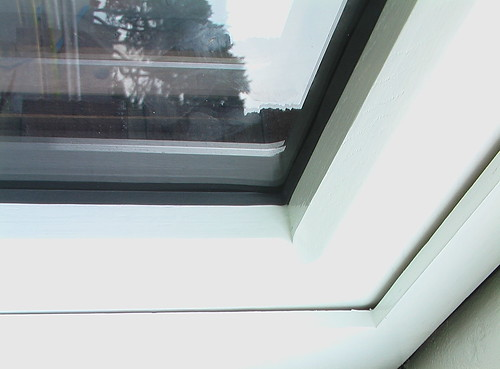 outer glazing seal