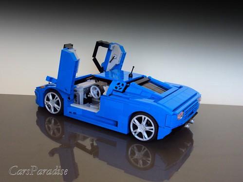 Bugatti EB110 SS doors