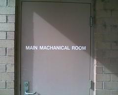 Nice Spelling (Eyellgeteven) Tags: door sign funny mechanical room misspelled funnysign deedeedee