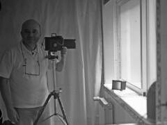 Me and ICA Minimum Palmos (RaúlM.) Tags: camera art film zeiss kodak hc110 jena carl roller pro epson sheet 100 ica chs raúl minimum palmos sá tessar dantas simma adox v750 raúlm