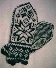 Luvas norueguesas: um exemplo clássico de Stranded Knitting