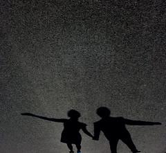 (It's Stefan) Tags: street boy shadow people blackandwhite bw white black love blancoynegro girl monochrome couple shadows dancing noiretblanc pareja © sombra romantic holdinghands minimalism 台北 manitas schatten valentinesday biancoenero twosome 爱 背影 牵手 行人 黑与白 亚洲 explored 黑與白 漫步 siyahvebeyaz schwazweis 黒と白 stefanhoechst ©stefanhöchst