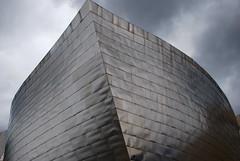 O barco escamado (AiresAlmeida) Tags: espaa architecture spain arquitectura espanha museu gehry bilbao guggenheim bilbo pasbasco bilbau airesalmeida