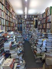 Secondhand Bookshop in Ortago Lane Glasgow