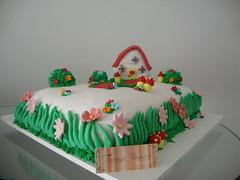 BOLO DECORADO (Atelier Tati Bonotto) Tags: bolos minibolos bolodeaniversario bolosartisticos bolosdecorados bolosdecasamento bolocenografico bolospersonalizados bolocompastaamericana