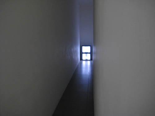 bruce nauman nick wilder corridor_web