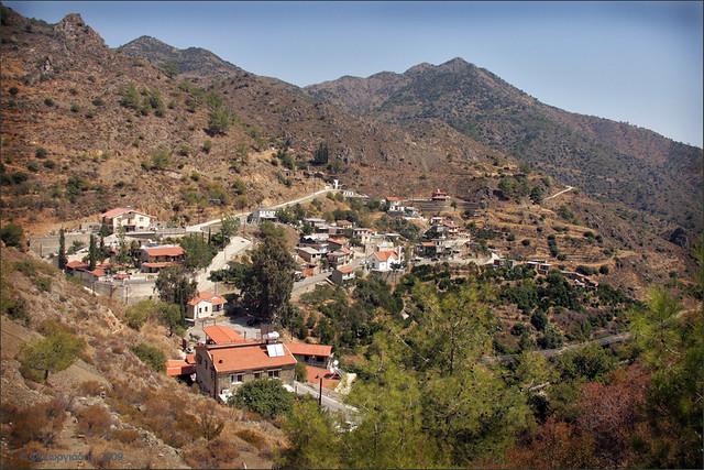 Συκόπετρα / Sykopetra village