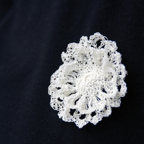 Made by PaperPhine: Crocheted Flower Brooches made out of Finest White Paper Yarn