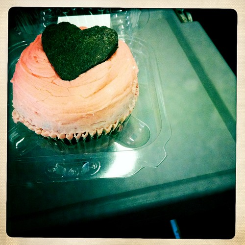 V-Day Cupcake (Hipstamatic Contest Entry)