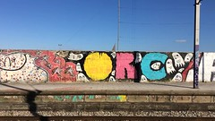 Apeadeiro de Marvila (Tiago Alves Miranda) Tags: caminhodeferro railways cp comboiosdeportugal uqe2300 2321 2327 comboio train suburbano marvila mva linhadecintura lisboa portugal tiagoalvesmiranda