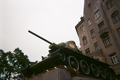Чернівці, Україна (slo:motion) Tags: чернівці україна t34 t34tank tank panzer cccp udssr ussr ww2 ukraine chernivtsi pavelnikitin aschkinasi disposable среднийтанк танк рабочекрестьянскаякраснаяармия pkka ka краснаяармия коммунистическаяпартиясоветскогосоюза kпcc rideyourbike war nowar буковина bucovina