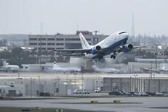 C6-BFC - Bahamasair - Boeing 737-500 (John Klos) Tags: 27631 b737 b737500 b737505 bhs bahamasair boeing boeing737 c6bfc florida johnklos kmia mia miamiinternationalairport miami nikkor80400mmf4556gvr nikon nikond7200 aircraft airline airplane aviation spotting takeoff unitedstates us