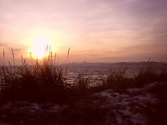 Dunes (Von Noorden her) Tags: sundown sonnenuntergang water wasser sea pond binnenwasser neustadt holstein boat boot boote wolken cloud clouds wolke schatten shadows night nacht abend evening sails segelboot ostsee