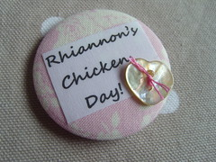 Hen Party badge (Lilies and Daisies) Tags: wedding rose magnets badges custom henparty compactmirrors