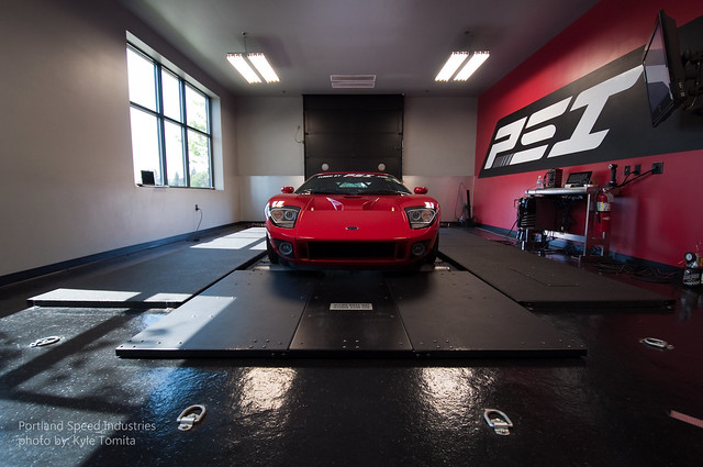 Ford GT on dyno at Portland Speed Industries 1