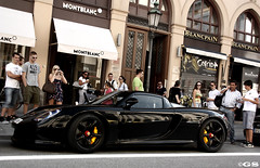Porsche Carrera GT (Germanspotter) Tags: auto street summer black beauty car canon germany munich mnchen deutschland photography eos power sommer spot exotic porsche passion gt dslr gs find supercar schwarz sportscar carrera 2010 sportwagen 450d carparazzi autogespot germanspotter