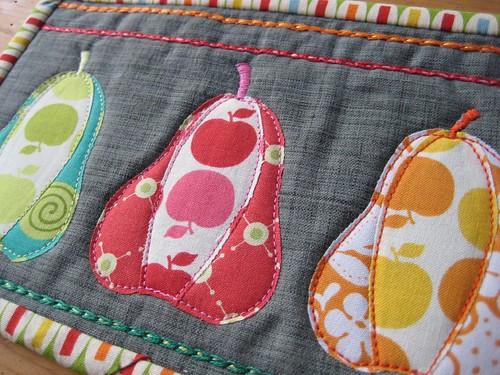Poppyprint - mugrug pears