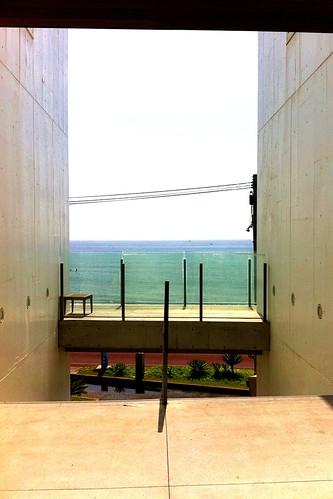 今日は会社休んでランチに湘南七里ヶ浜。