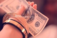 عيدكم مبآرك ^^ (đeɱɛɼɑ™- لَفِ شِرطان الذهَب) Tags: الله من dollars 2010 hundreds شاء كل ان بخير مبارك عيدكم تقبل دولار عآم وعسآكم عوآده وانتوآ طآعتكم