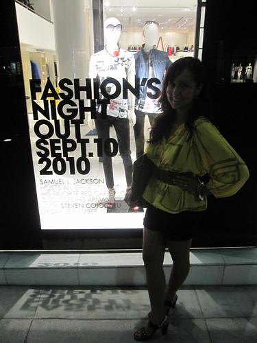 Fashion Night Out 2010 078