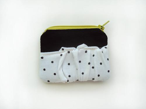 ziazia. coin purse.