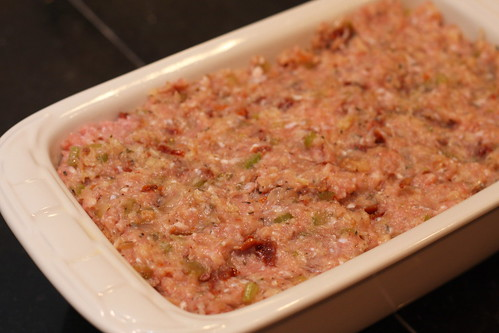 09102010 Turkey Meat Loaf with Sun-Dried Tomatoes 02