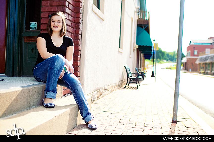 Parkville, Missouri senior photographers