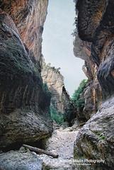 Parrisal de Beceite (Aragon) (Nicolas Moulin (Nimou)) Tags: rio puerto sierra erosion aragon ports rocas paredes piedras caon beceite matarraa estrets estrechos gubies parrisal fontdelteix