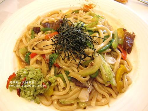 Su蔬食料理小麥草烏醋炒烏龍