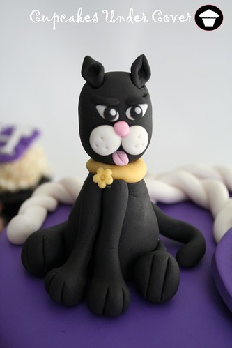 30th Birthday ~ Cat Cake & Cupcakes