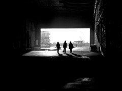 trio (Tadgh  Maoildearg) Tags: morning light shadow bw black france trois three tres trio tre drei drie stnazaire kolme blackwhitephotos tr
