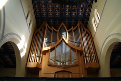 "Orgel • <a style=""font-size:0.8em;"" href=""http://www.flickr.com/photos/52838876@N07/5017688295/"" target=""_blank"">View on Flickr</a>"