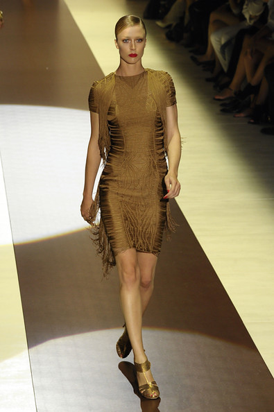 Milan+Fashion+Week+Womenswear+Spring+Summer+T_RjBHsrsGtl