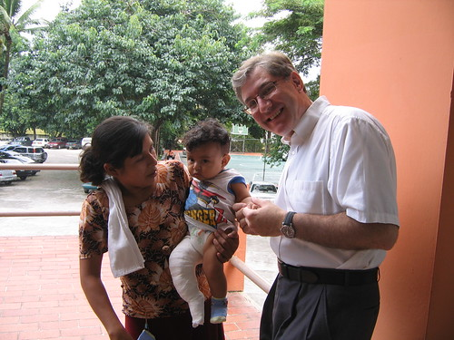 CURE Clubfoot Launches in El Salvador