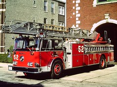 Chicago FD (columind99) Tags: chicago truck fire illinois ladder department 52 seagrave backdraft