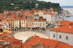 Piran after rain (Thomas Roland) Tags: sea by square town slovenia piazza piran slovenija adriatic hav plads slovenien tartini adriaterhavet