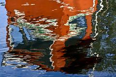 Non  Burano ! (nepalbaba) Tags: lake water reflections lago switzerland ticino colours svizzera acqua colori riflessi lugano 2009 reflectyourworld allegrisinasceosidiventa virgiliocompany renatatmexnepalbaba