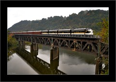 Le Fantme Magnifique (Images by A.J.) Tags: new railroad bridge autumn fall classic car train river tren office brighton pittsburgh pennsylvania ns norfolk railway trains falls beaver special business southern pa f transportation passenger bahn treno freight chemin trein ocs f9 unit ferrocarril  ferroviario   ferroviaire